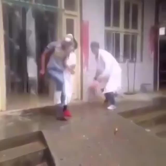 Vidéo Nina Dobrev