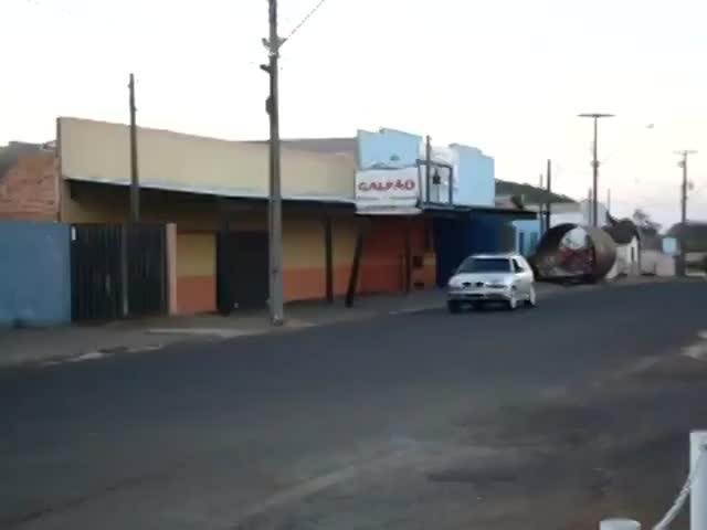 Vidéo Pub Vizer - Commerçant Vs Sdf